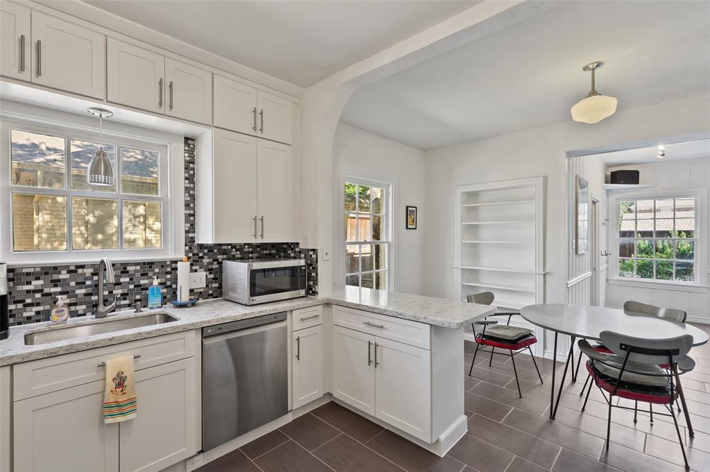 5935 Vanderbilt  Avenue, Dallas, Texas 75206 - acquisto real estate best style realtor kim miller best real estate reviews dfw