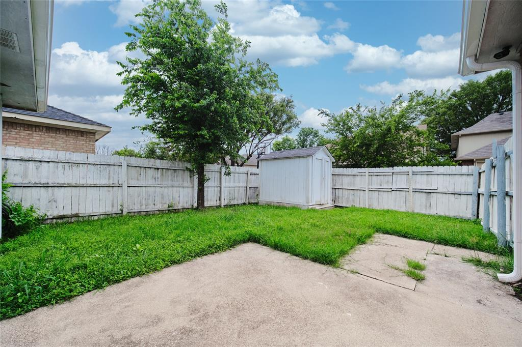 814 Springfield  Drive, Cedar Hill, Texas 75104 - acquisto real estate best realtor dallas texas linda miller agent for cultural buyers