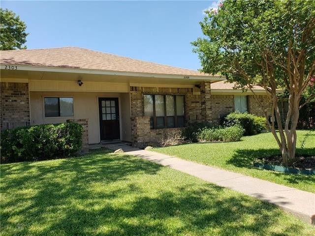 2305 Jamie  Drive, Garland, Texas 75040 - Acquisto Real Estate best plano realtor mike Shepherd home owners association expert