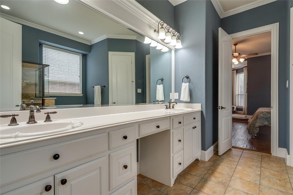 900 Terrace  Drive, Lantana, Texas 76226 - acquisto real estate best realtor foreclosure real estate mike shepeherd walnut grove realtor
