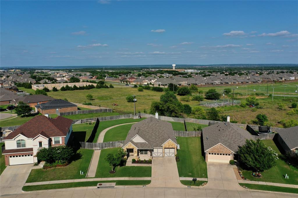 729 Sendero  Drive, Arlington, Texas 76002 - acquisto real estate best looking realtor in america shana acquisto