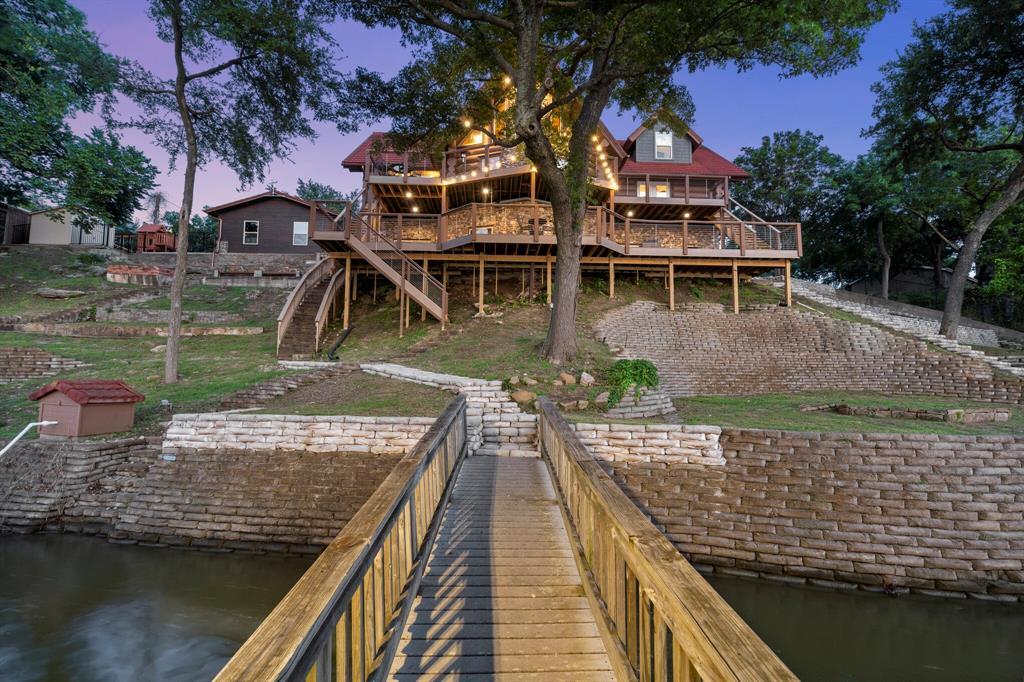 4256 Lakewood  Drive, Fort Worth, Texas 76135 - acquisto real estate best allen realtor kim miller hunters creek expert