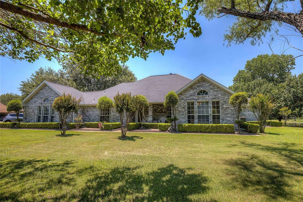8168 Karen  Lane, Terrell, Texas 75160 - Acquisto Real Estate best plano realtor mike Shepherd home owners association expert