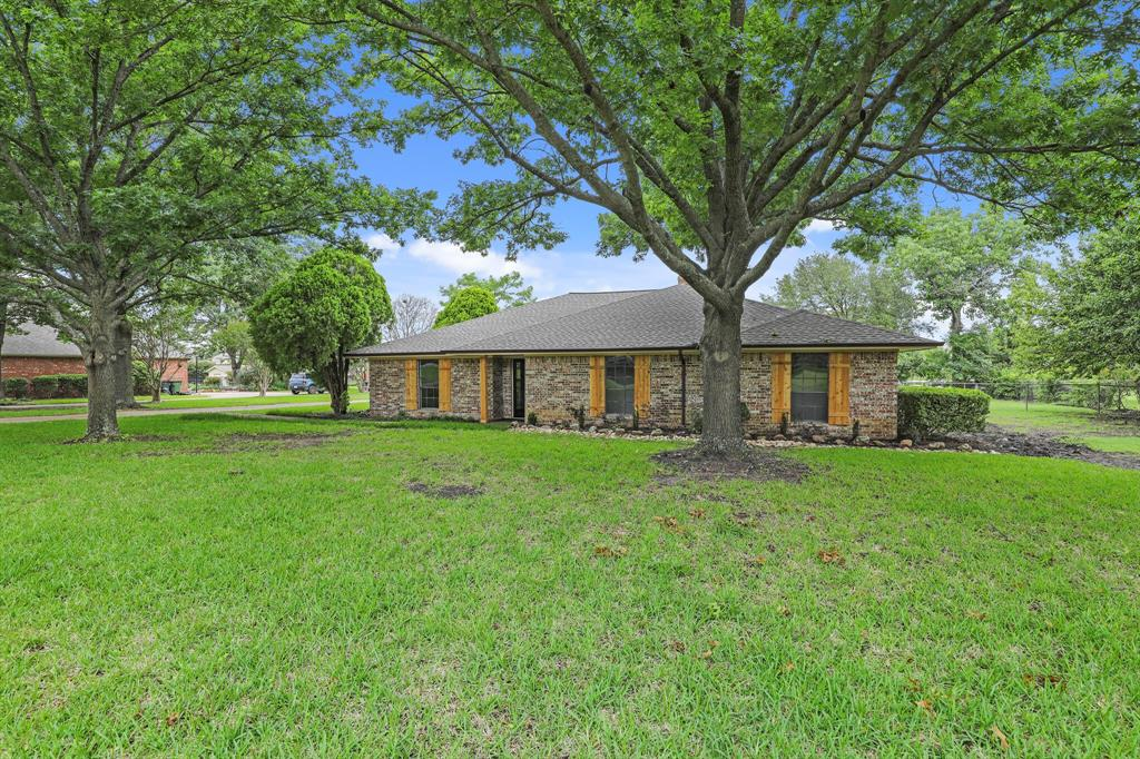 114 Starlite  Drive, Murphy, Texas 75094 - acquisto real estate best the colony realtor linda miller the bridges real estate