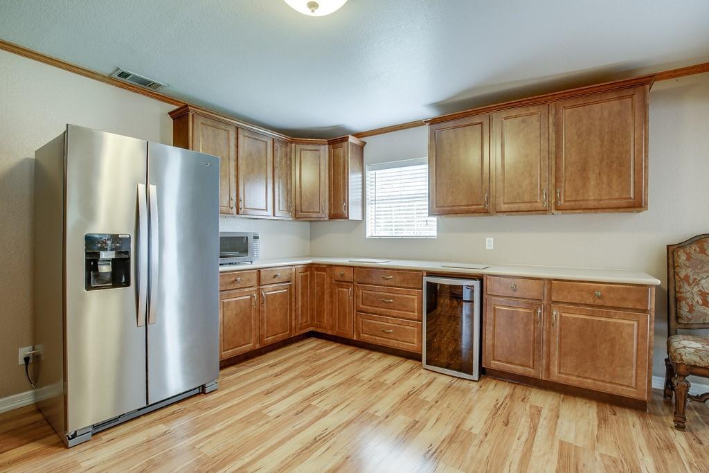 746 Elsberry  Avenue, Dallas, Texas 75217 - acquisto real estate best celina realtor logan lawrence best dressed realtor