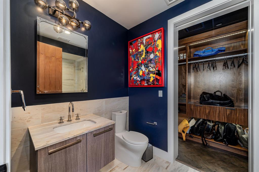 3130 Harwood  Street, Dallas, Texas 75201 - acquisto real estate best realtor dfw jody daley liberty high school realtor