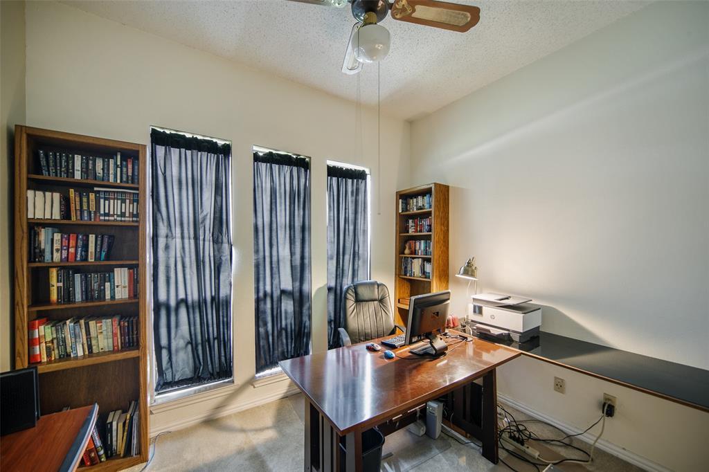 210 Mesa  Drive, Sunnyvale, Texas 75182 - acquisto real estate best realtor dfw jody daley liberty high school realtor