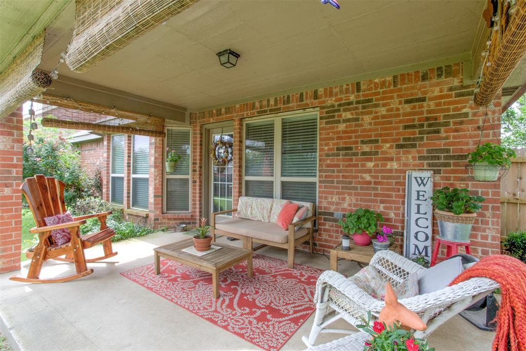 509 Kriston  Drive, Azle, Texas 76020 - acquisto real estate best park cities realtor kim miller best staging agent