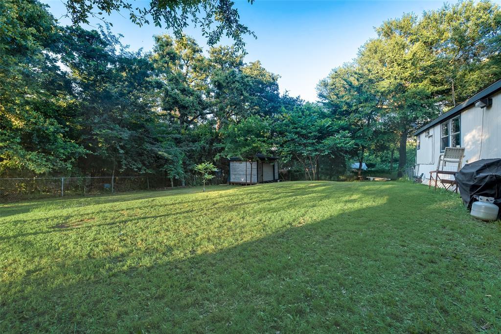 729 Briarwood  Court, Kemp, Texas 75143 - acquisto real estate best negotiating realtor linda miller declutter realtor