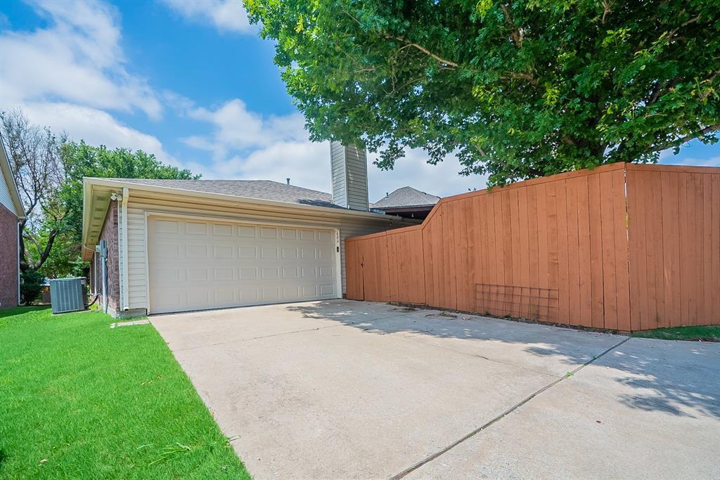 604 Meadowgate  Drive, Allen, Texas 75002 - acquisto real estate best prosper realtor susan cancemi windfarms realtor