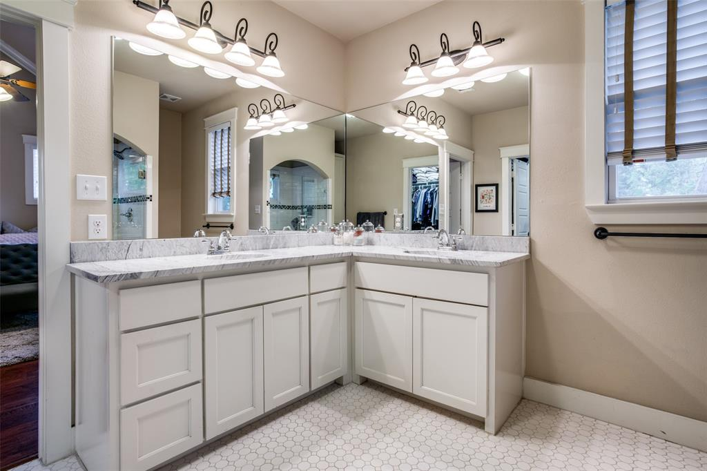 803 Virginia  Street, McKinney, Texas 75069 - acquisto real estate best real estate company to work for
