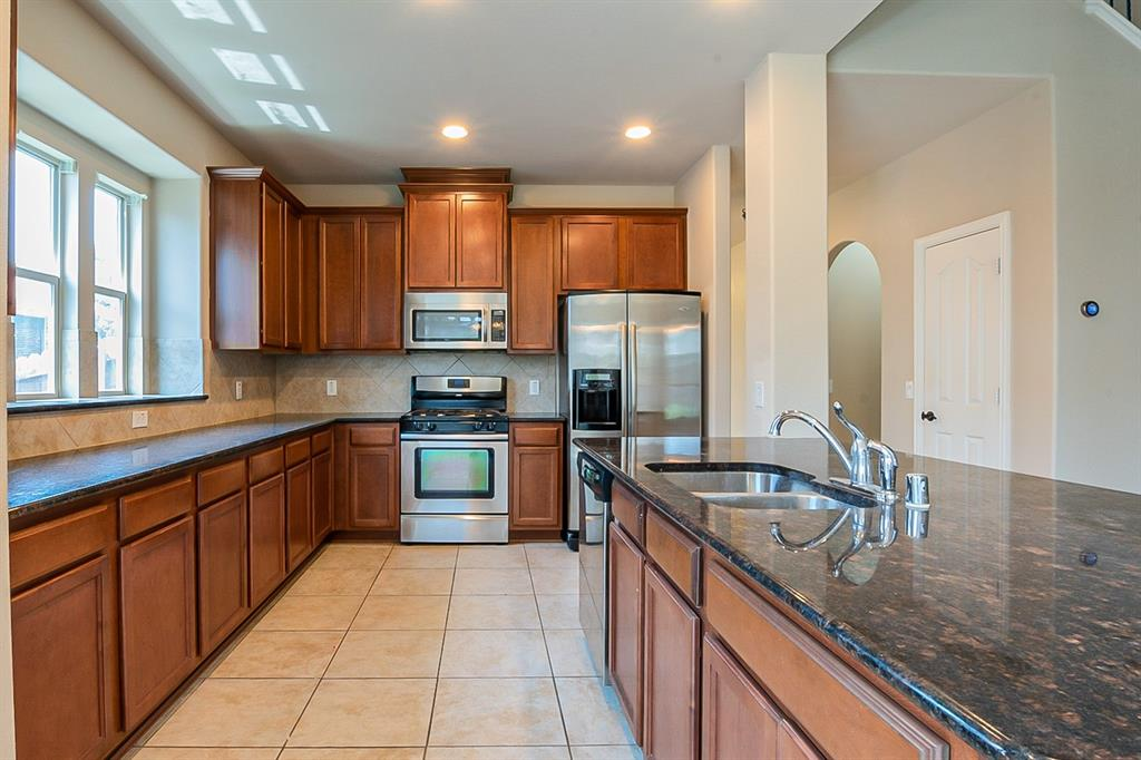 2620 Pine Trail  Drive, Little Elm, Texas 75068 - acquisto real estate best the colony realtor linda miller the bridges real estate
