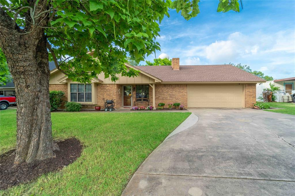 309 5th  Street, Justin, Texas 76247 - acquisto real estate best the colony realtor linda miller the bridges real estate