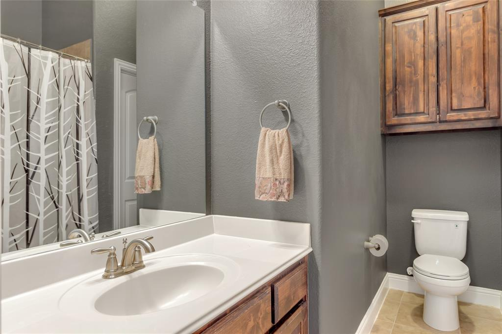 2425 Kingsgate  Drive, Little Elm, Texas 75068 - acquisto real estate best looking realtor in america shana acquisto
