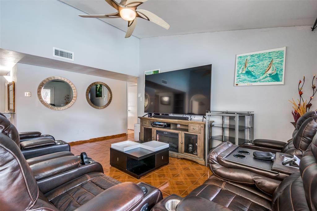 1512 Park  Boulevard, Plano, Texas 75074 - acquisto real estate best the colony realtor linda miller the bridges real estate