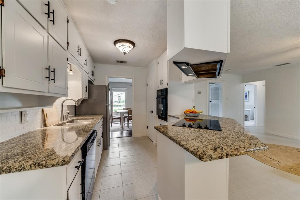 2133 Mountainview  Drive, Hurst, Texas 76054 - acquisto real estate best real estate company to work for