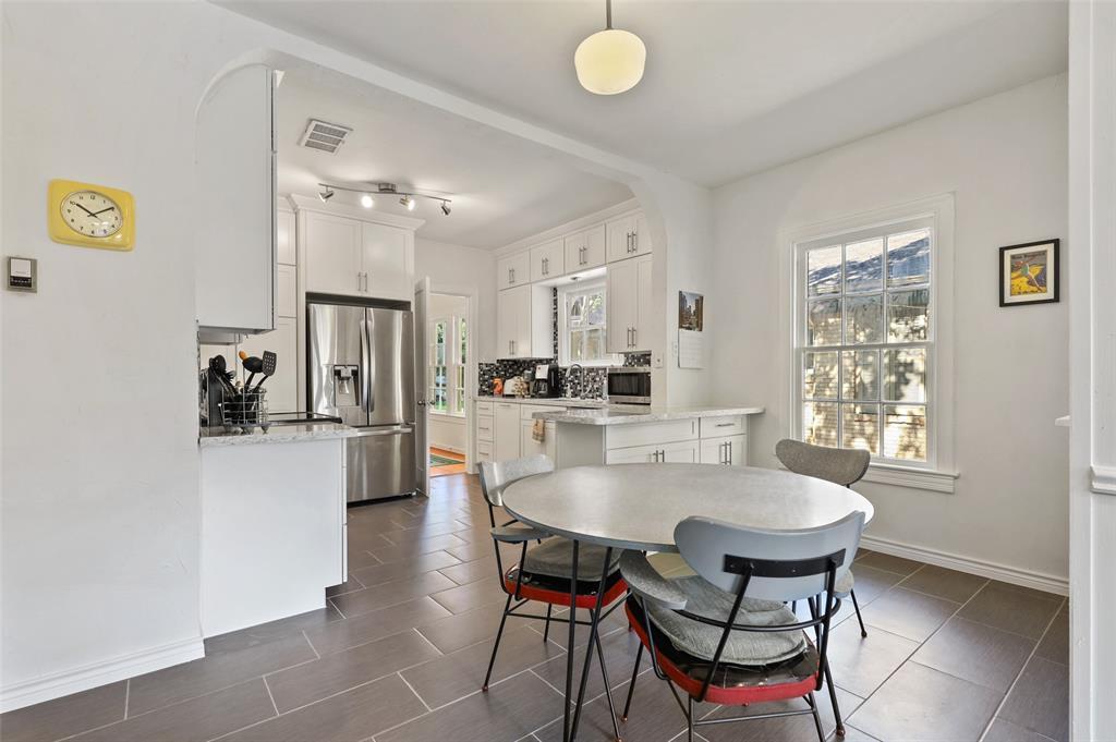 5935 Vanderbilt  Avenue, Dallas, Texas 75206 - acquisto real estate best designer and realtor hannah ewing kind realtor
