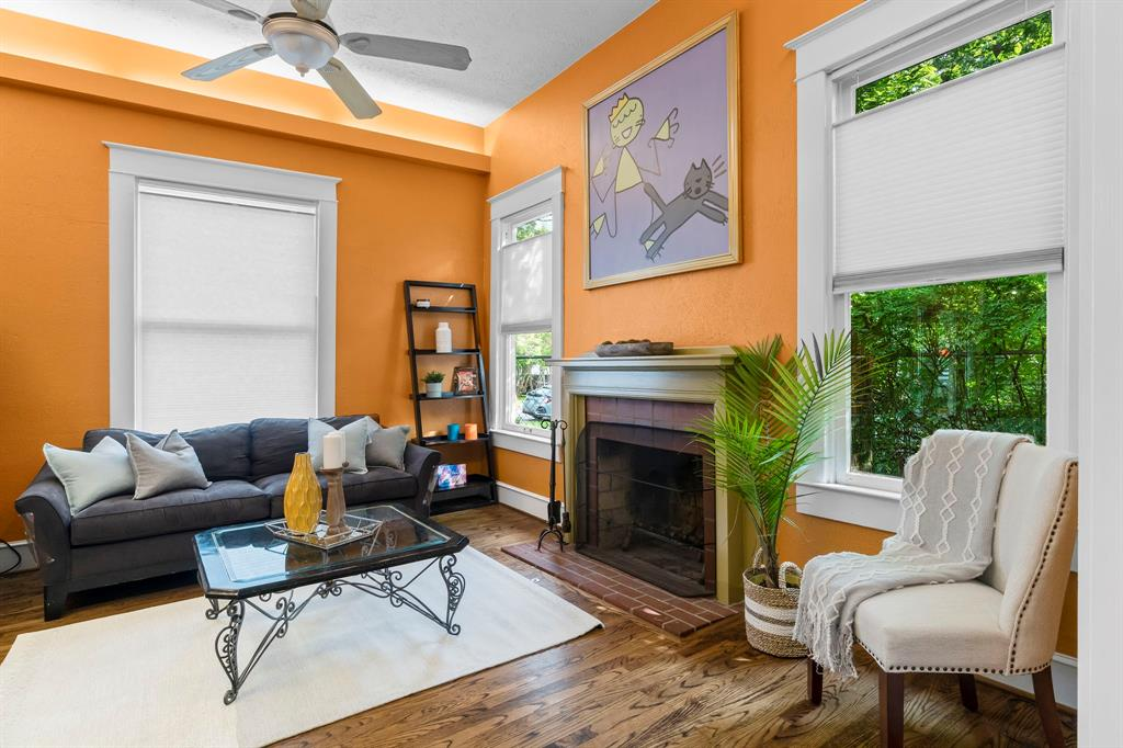 5511 Victor  Street, Dallas, Texas 75214 - acquisto real estate best celina realtor logan lawrence best dressed realtor