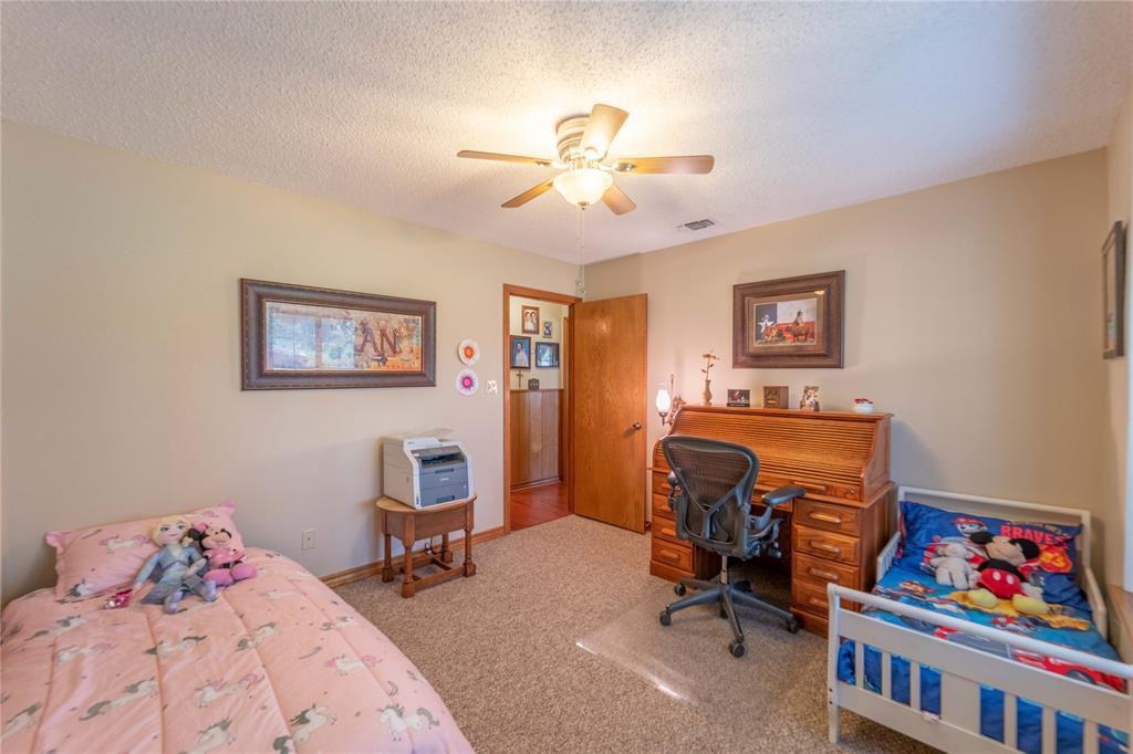 309 5th  Street, Justin, Texas 76247 - acquisto real estate best designer and realtor hannah ewing kind realtor