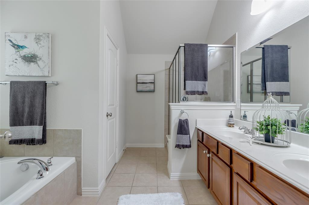 3805 Gregory  Drive, McKinney, Texas 75071 - acquisto real estate best investor home specialist mike shepherd relocation expert