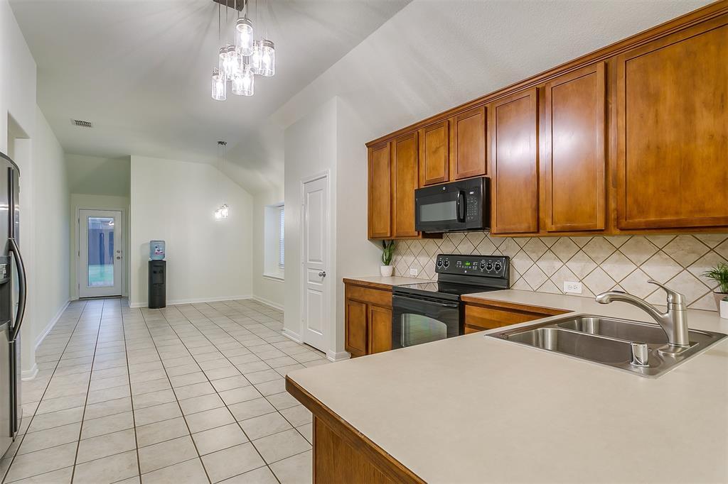2661 Calmwater  Drive, Little Elm, Texas 75068 - acquisto real estate best listing agent in the nation shana acquisto estate realtor