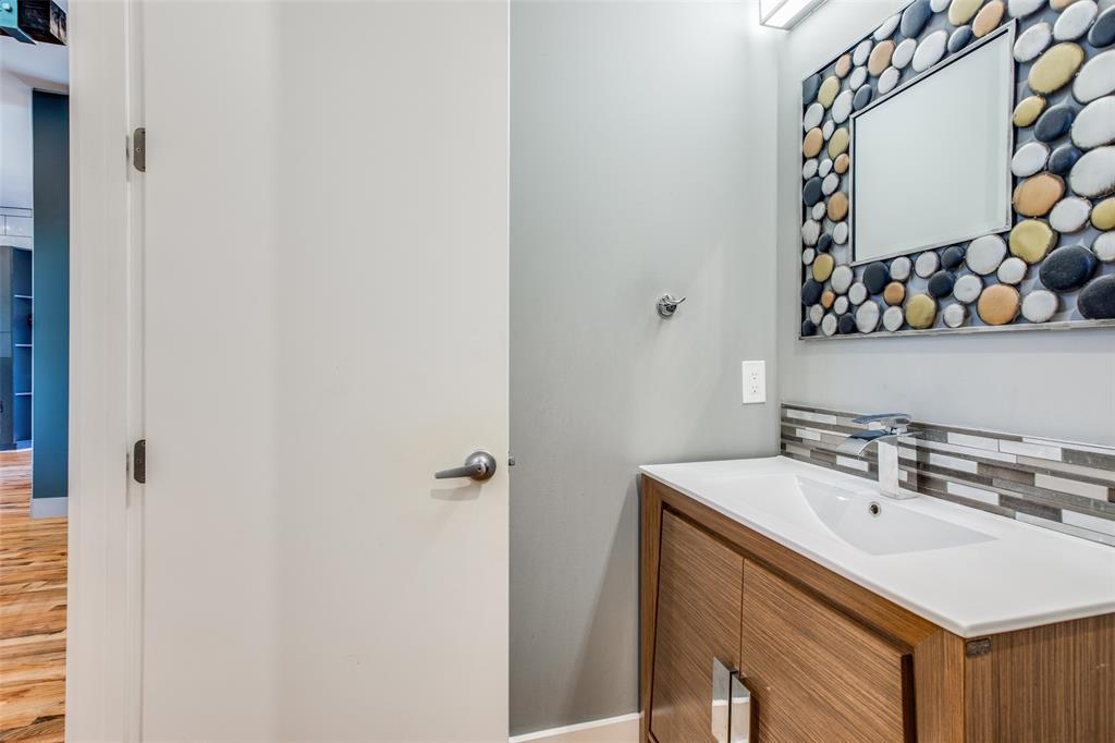 8915 Stanwood  Drive, Dallas, Texas 75228 - acquisto real estate best listing photos hannah ewing mckinney real estate expert