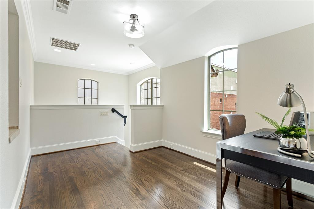 4929 Alcott  Street, Dallas, Texas 75206 - acquisto real estate best new home sales realtor linda miller executor real estate