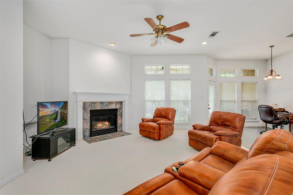 1018 Cook  Drive, Grand Prairie, Texas 75050 - acquisto real estate best real estate company to work for