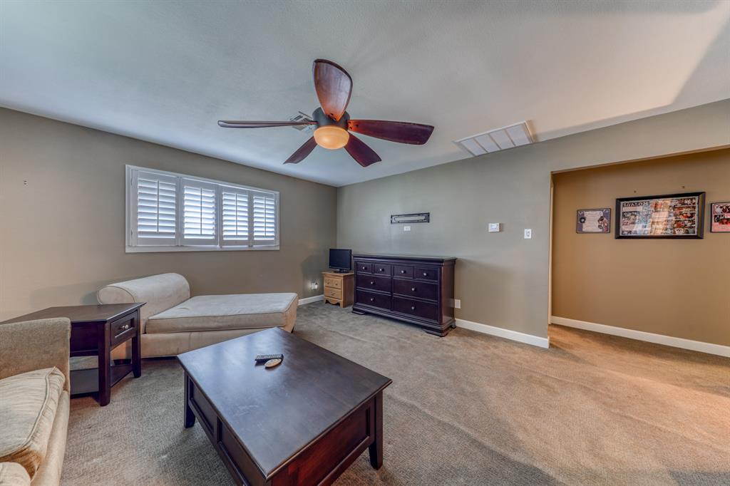 807 Hilltop  Drive, Weatherford, Texas 76086 - acquisto real estate best realtor dallas texas linda miller agent for cultural buyers