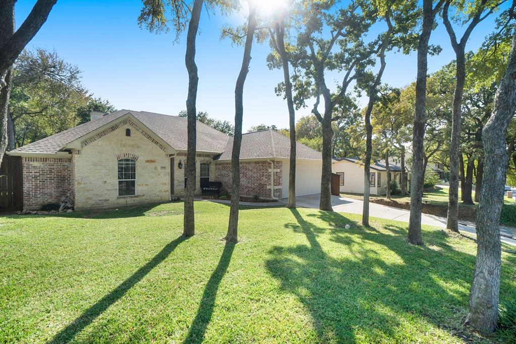 1608 Donna  Lane, Bedford, Texas 76022 - Acquisto Real Estate best plano realtor mike Shepherd home owners association expert