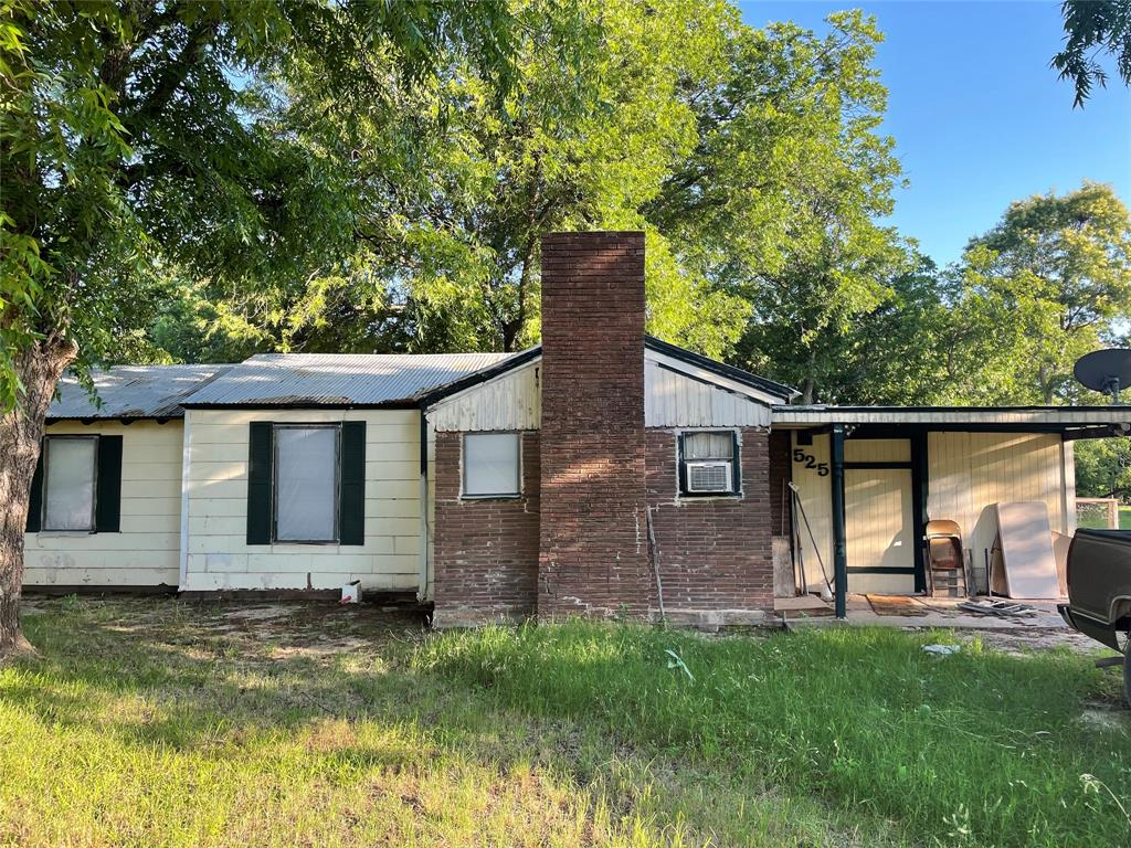 525 Avenue A  Lawn, Texas 79530 - Acquisto Real Estate best plano realtor mike Shepherd home owners association expert