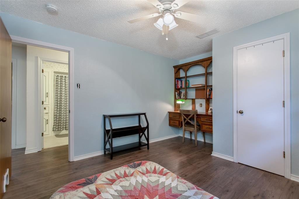 4321 Cinnabar  Drive, Dallas, Texas 75227 - acquisto real estate best negotiating realtor linda miller declutter realtor