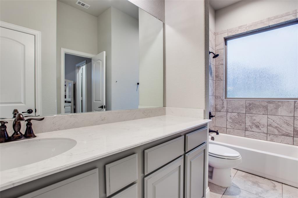 3831 Karen  Road, Midlothian, Texas 76065 - acquisto real estate best photos for luxury listings amy gasperini quick sale real estate