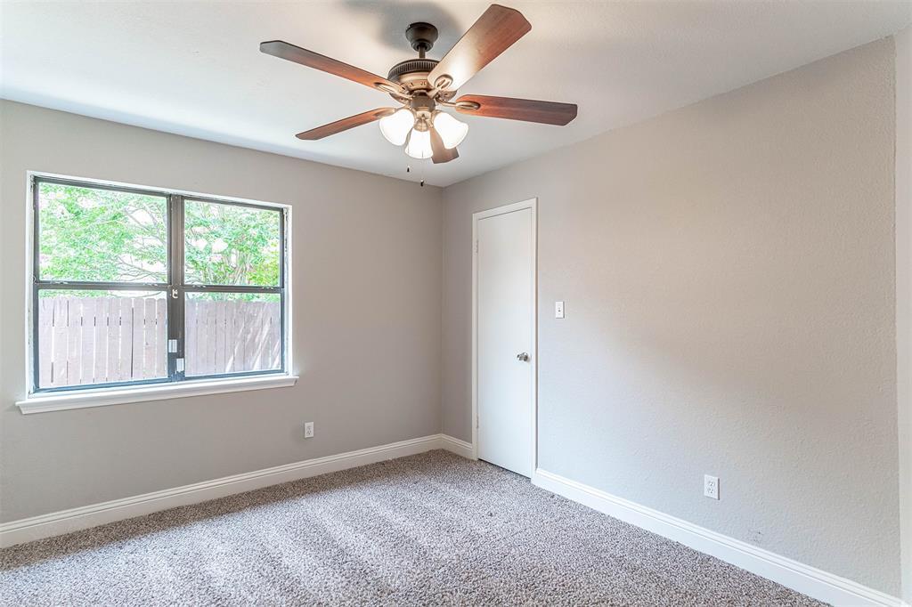 4205 Whitman  Lane, Grand Prairie, Texas 75052 - acquisto real estate best negotiating realtor linda miller declutter realtor