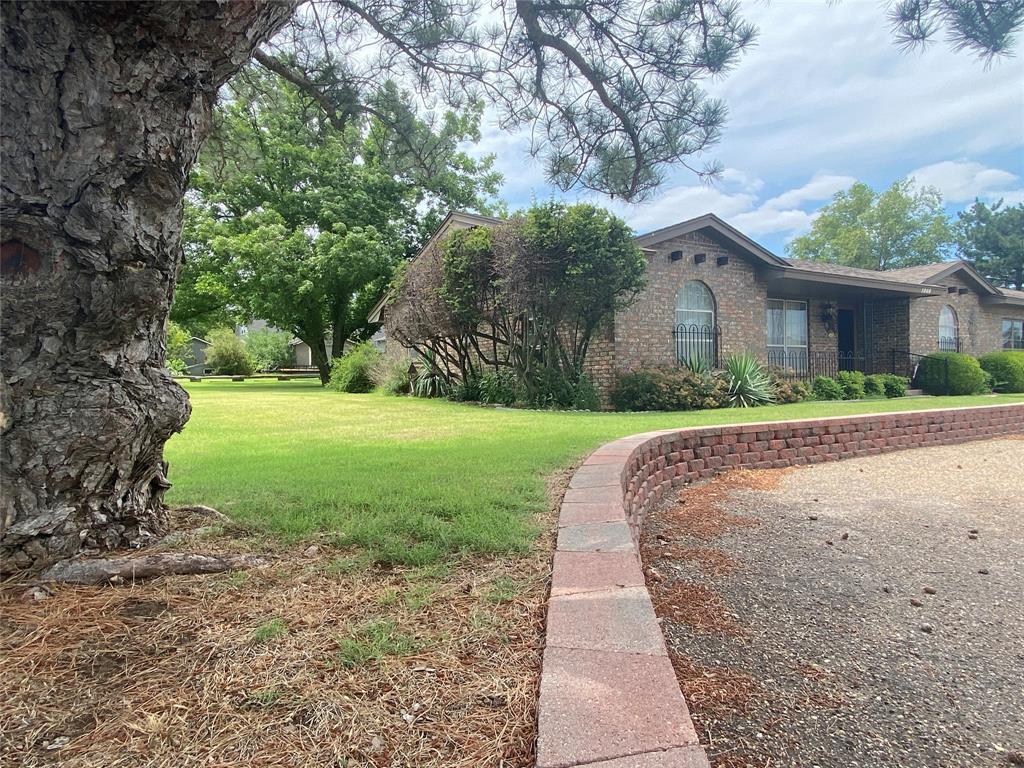 1008 Sweetwater  Street, Wheeler, Texas 79096 - Acquisto Real Estate best frisco realtor Amy Gasperini 1031 exchange expert