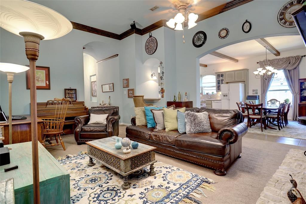4041 Brookdale  Road, Benbrook, Texas 76116 - acquisto real estate best prosper realtor susan cancemi windfarms realtor