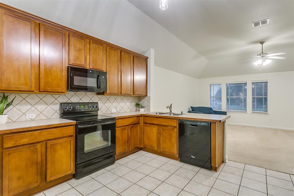 2661 Calmwater  Drive, Little Elm, Texas 75068 - acquisto real estate best style realtor kim miller best real estate reviews dfw