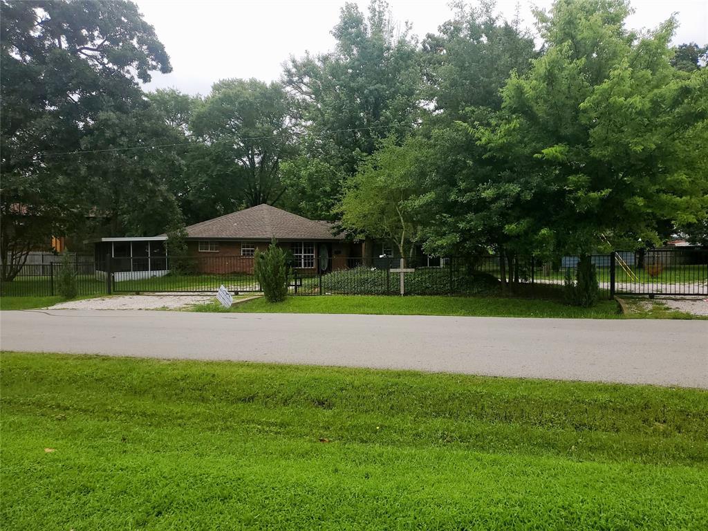 904 CedarCrest  Drive, Tool, Texas 75143 - Acquisto Real Estate best frisco realtor Amy Gasperini 1031 exchange expert