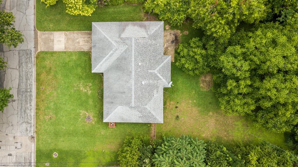 102 Pensacola  Avenue, Waxahachie, Texas 75165 - acquisto real estate best realtor dallas texas linda miller agent for cultural buyers
