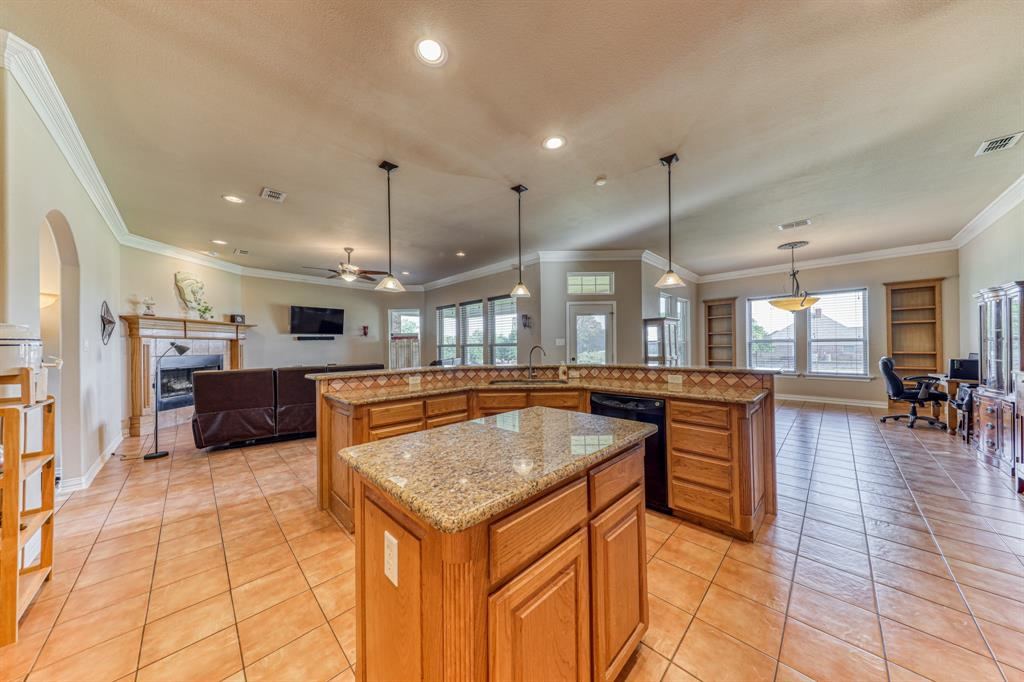 107 Chappel Hill  Court, Weatherford, Texas 76088 - acquisto real estate best highland park realtor amy gasperini fast real estate service