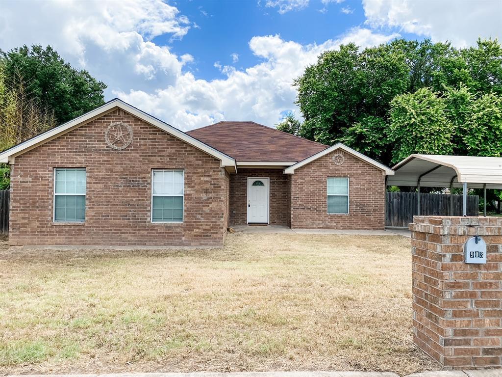 903 Hackberry  Street, Brady, Texas 76825 - Acquisto Real Estate best frisco realtor Amy Gasperini 1031 exchange expert