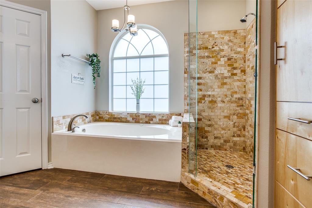 204 Laurel Creek  Drive, Sherman, Texas 75092 - acquisto real estate best designer and realtor hannah ewing kind realtor