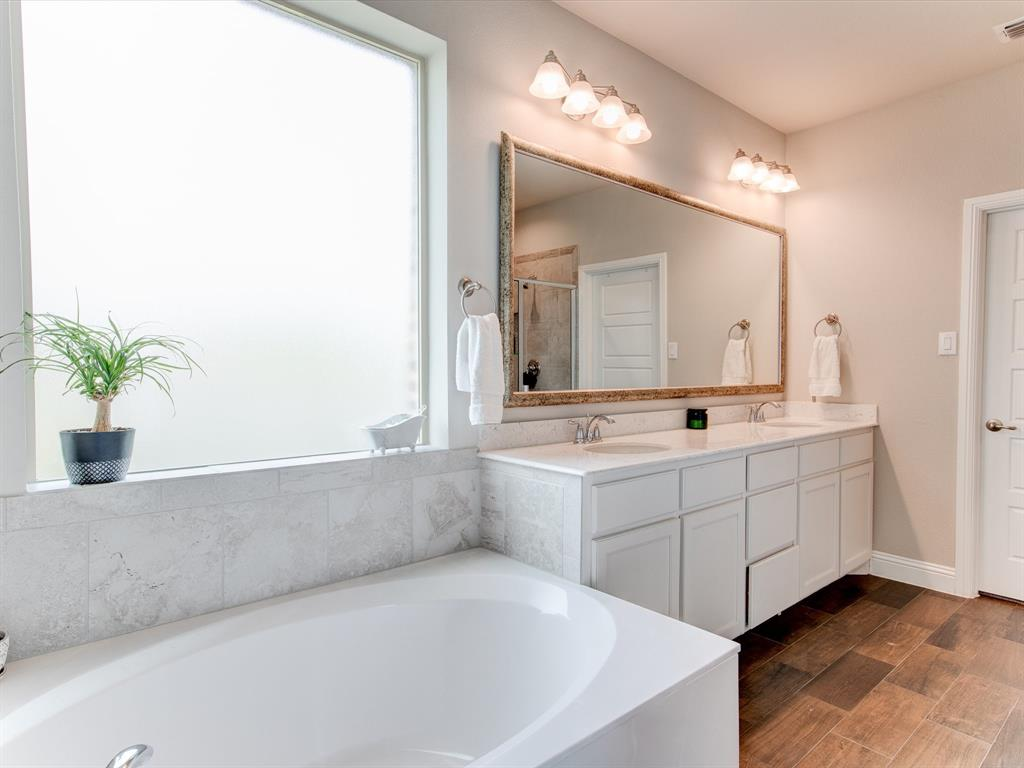 940 Parkside  Drive, Argyle, Texas 76226 - acquisto real estate best listing photos hannah ewing mckinney real estate expert
