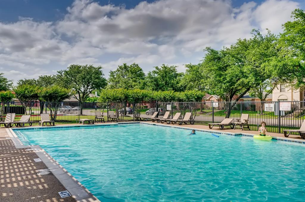 317 Creekview  Drive, Wylie, Texas 75098 - acquisto real estate best photo company frisco 3d listings