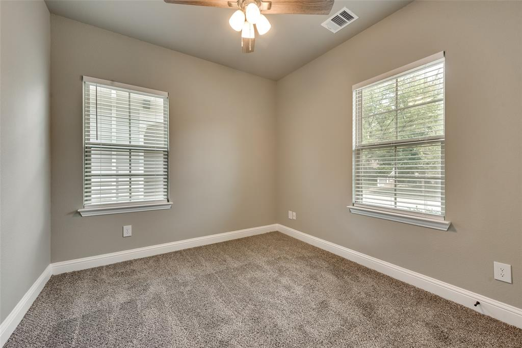 1228 King George  Lane, Savannah, Texas 76227 - acquisto real estate best real estate company to work for