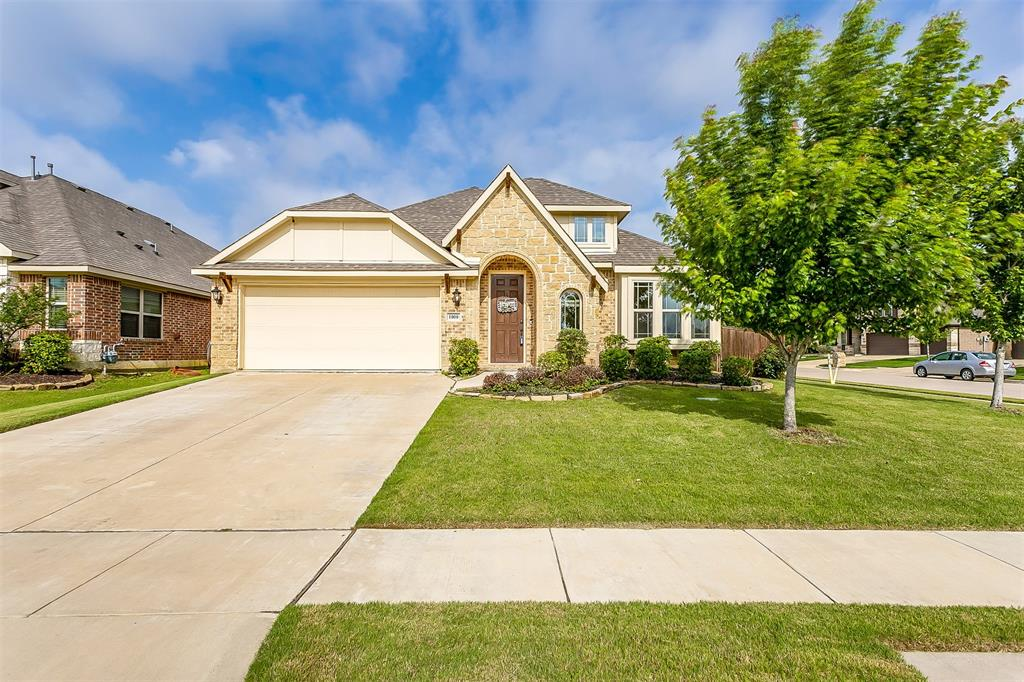 1000 Tarragon  Drive, Burleson, Texas 76028 - Acquisto Real Estate best plano realtor mike Shepherd home owners association expert
