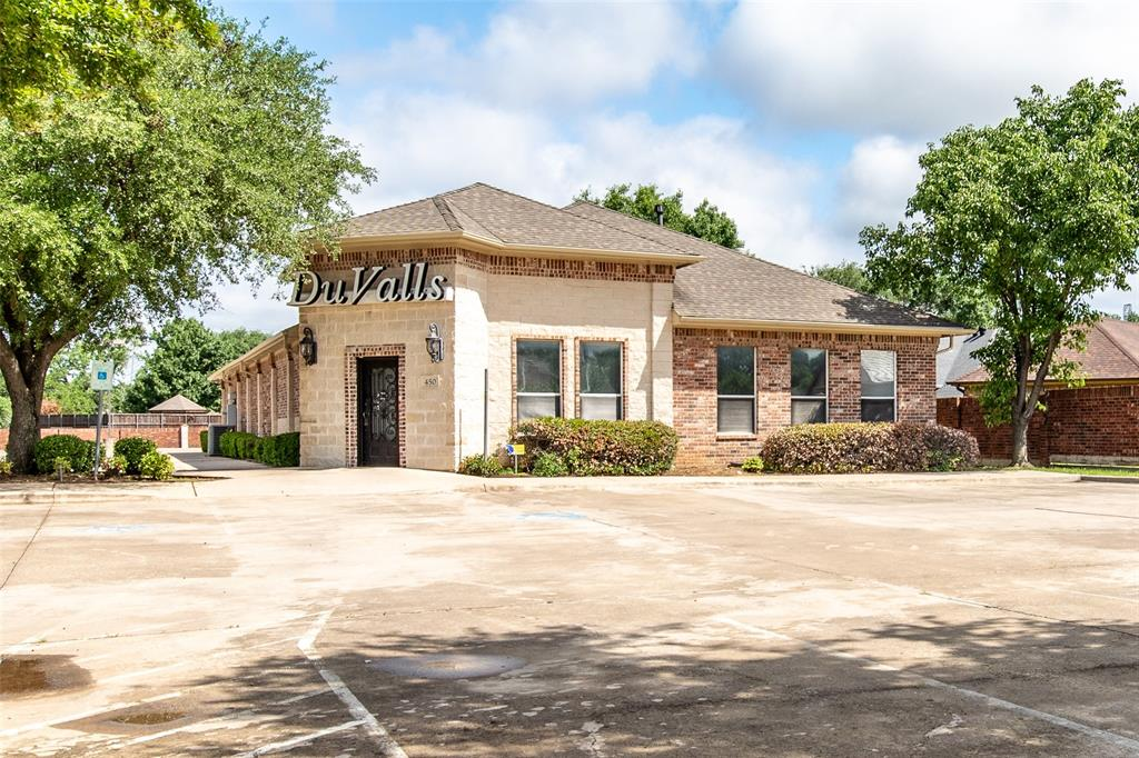 440 Harwood  Road, Hurst, Texas 76054 - Acquisto Real Estate best frisco realtor Amy Gasperini 1031 exchange expert
