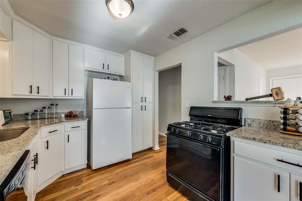 5020 Thurston  Road, River Oaks, Texas 76114 - acquisto real estate best listing listing agent in texas shana acquisto rich person realtor