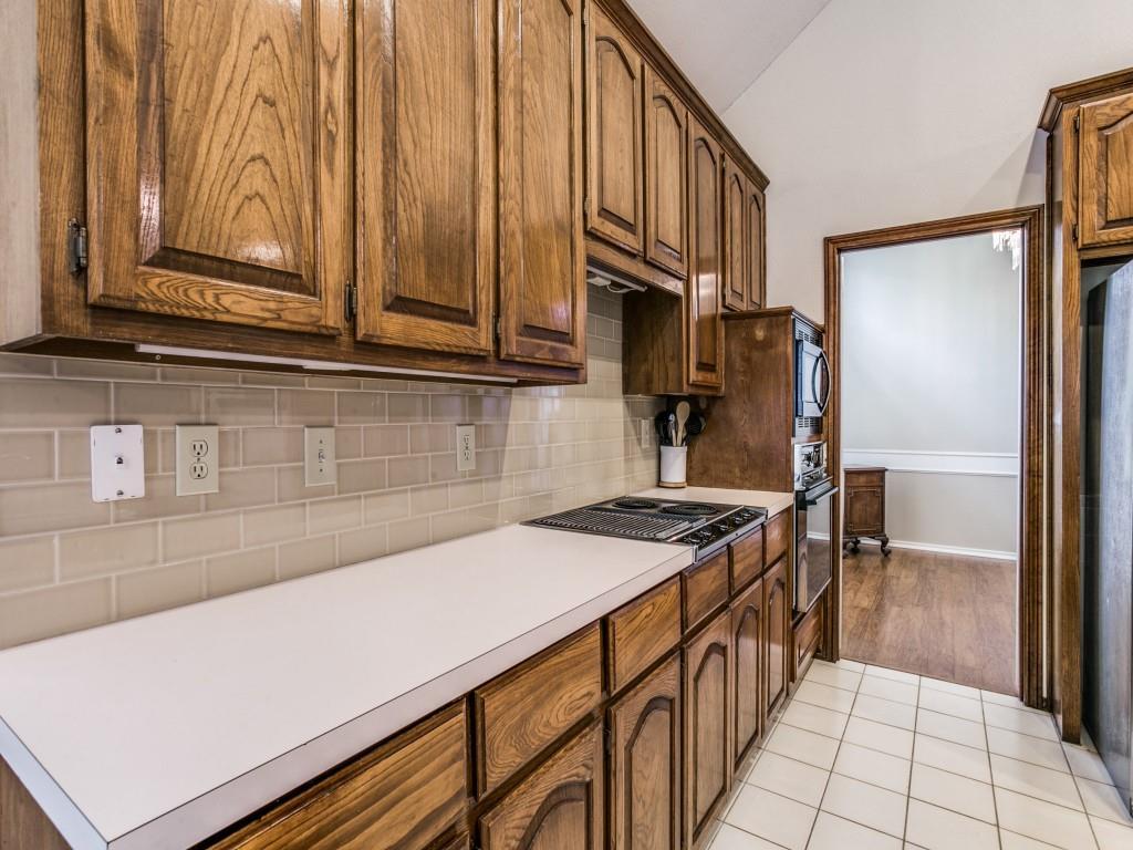 2755 Fernwood  Drive, Highland Village, Texas 75077 - acquisto real estate best realtor foreclosure real estate mike shepeherd walnut grove realtor