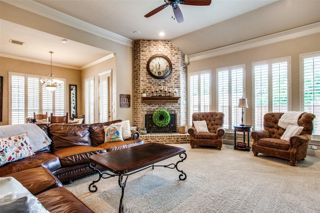 5902 St Ives  Court, Arlington, Texas 76017 - acquisto real estate best luxury buyers agent in texas shana acquisto inheritance realtor